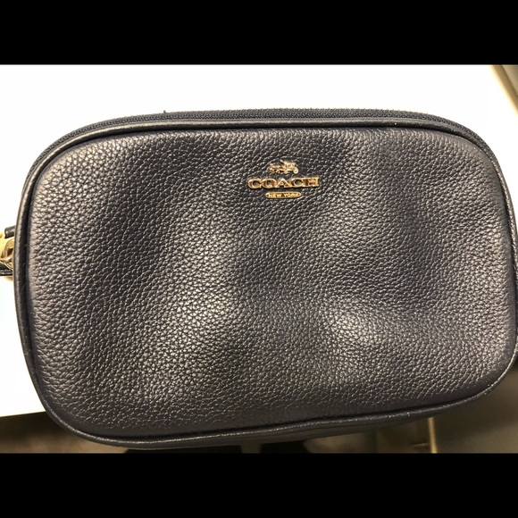 6676ad0f3fa3 Coach Handbags - Coach Sadie Crossbody Clutch
